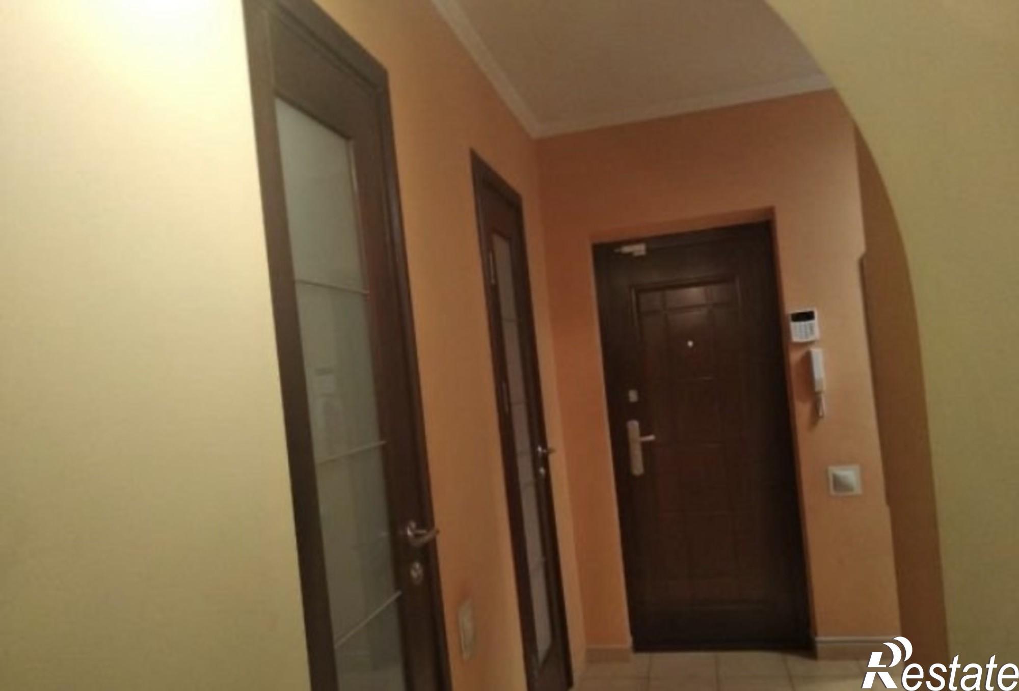 Купить 2-комнатную квартиру за 2 950 000 рублей на Зорге